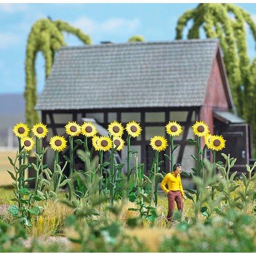 OO/HO 18 giant sun flowers for garden/field scenery - Busch 1261 - free post F1