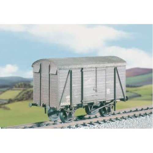 OO wagon kit - SR 12t Ventilated Uneven Planked Box Van - Ratio 591 free post