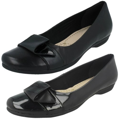 Ladies Clarks Discovery Dime Smart Slip On Shoes - D Fit